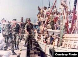 125.000 cubanos llegaron desde Mariel (Cuba) a Cayo Hueso (EEUU) entre abril y octubre de 1980.