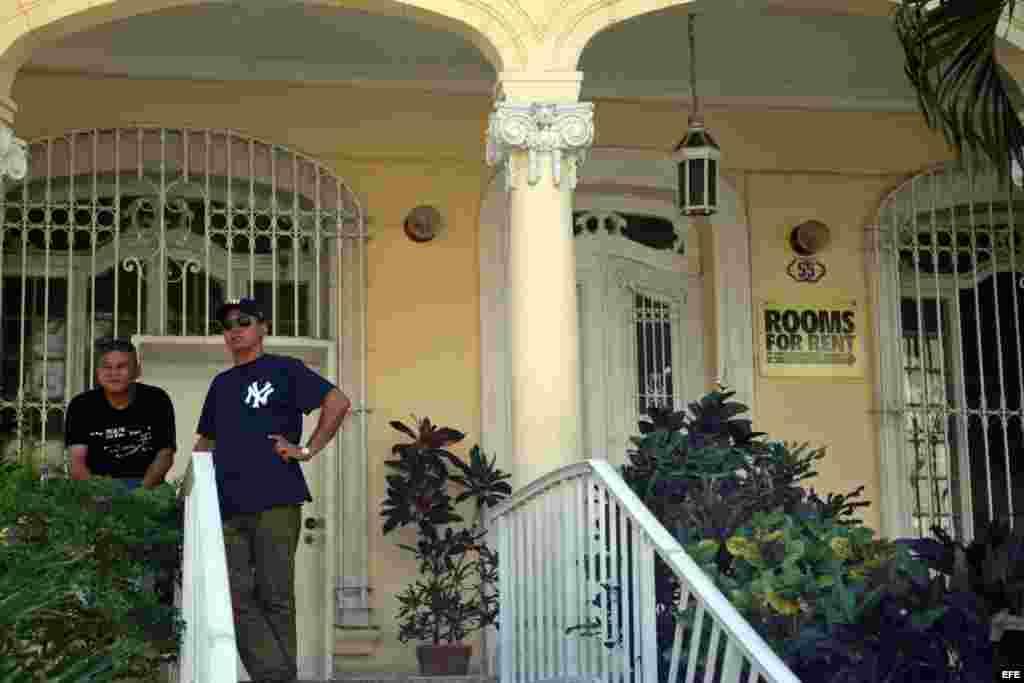 Renta de habitaciones para turistas en una casa particular.