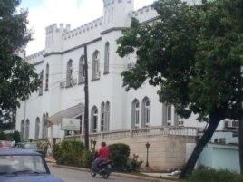 Twitpic de Yoani Sánchez Estación de Policía de Acosta