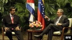 Raúl Castro y Nicolás Maduro en el Palacio de la Revolución de La Habana. Archivo.