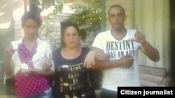 Reporta Cuba De izq a der Leodan Suárez, Irina León y Michel Valladares