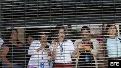 Venezolanas en Caracas, foto de archivo.
