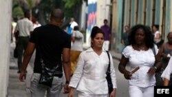 Detenidos Laura Labrada, Berta Soler y Angel Moya