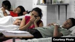 Miles de cubanos infectados de dengue o cólera requieren hospitalización.