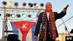 El músico cubano Isaac Delgado en un concierto en La Habana.