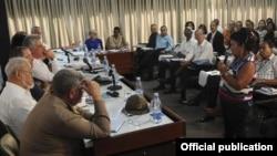 El vicepresidente de los Consejos de Estado y de Ministros, Miguel Díaz-Canel Bermúdez estuvo en las comisiones el XX Congreso de la Central de Trabajadores de Cuba (CTC), en el Palacio de Convenciones de La Habana.