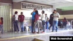 Entrada de emergencias del hospital donde se han producido las muertes, en una imagen del periódico La Patilla.
