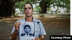 Arrestan dos veces en un día al opositor Zaqueo Báez