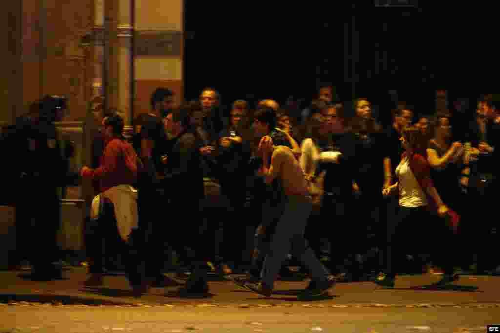 Los terroristas tomaron a varios rehenes en la sala de conciertos Bataclan. EFE