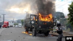 Jornada de disturbios este viernes en Honduras.EFE