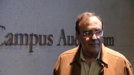 El escritor cubano exiliado Carlos Alberto Montaner.