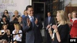 Mitt Romney celebra la victoria