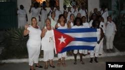 El Día de las Madres: las Damas de Blanco celebran por adelantado