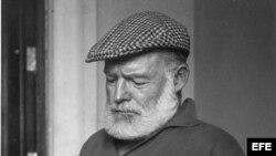 El escritor estadounidense, Ernest Hemingway