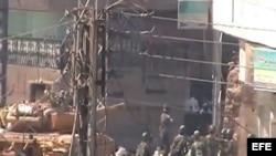 Fotograma de un video facilitado por la red siria 'Shaam News Network' el 26 de agosto de 2012. sobre disturbios en Damasco, Siria.