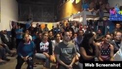 Cubanos en la Casa del Migrante Amar, de Nuevo Laredo.