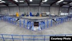 """""""Aquila"""", el dron con el que Facebook quiere llevar Internet a zonas sin acceso a la red."""