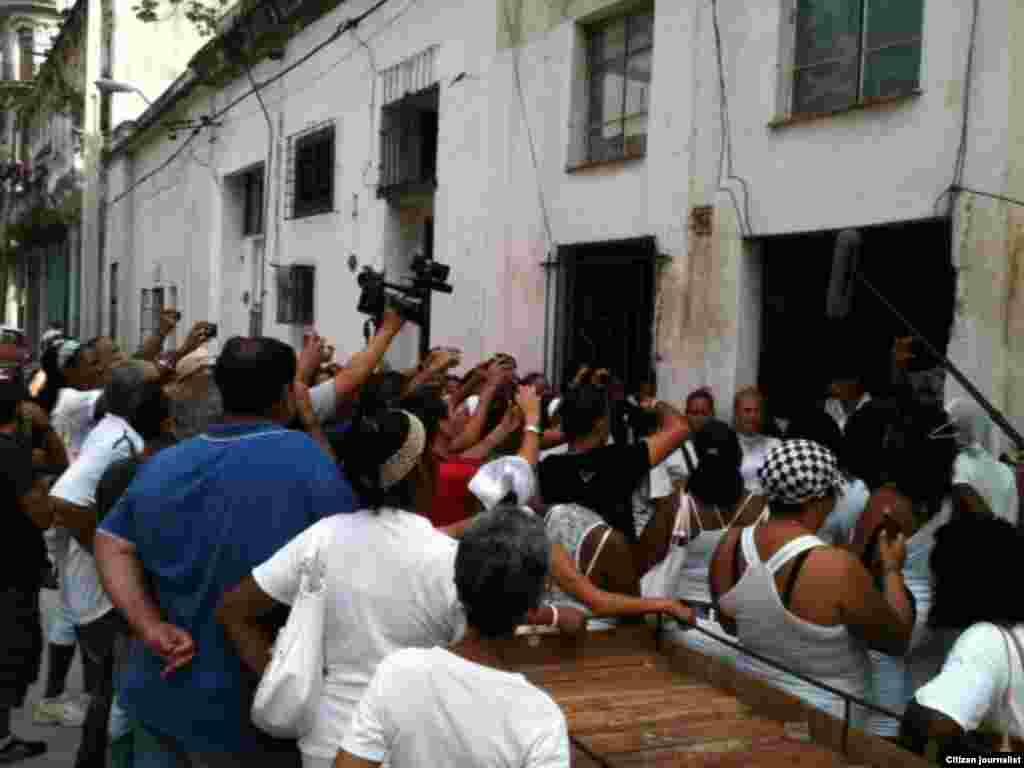 Reporta Cuba damas votacion
