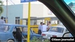 Reporta Cuba. Momento de la detención de Denis Pino. Foto: Susleydis Pérez.