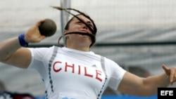 La atleta chilena Natalia Ducó durante la final del lanzamiento de la bala