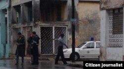 Reporta Cuba. Vigilancia policial. Foto del blog de Somos+.