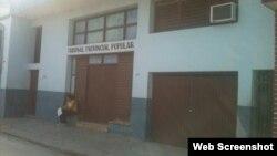 Tribunal de Bayamo, twitpic de Yoani Sánchez
