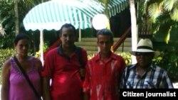 Ciudadanos de Candidatos por el Cambio (de izquierda a derecha) Marlen Calvo, Juan Carlos Vasallo, Pablo Morales y Leonardo Calvo.
