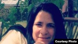 Entrevista con la poeta cubana Aleisa Ribalta