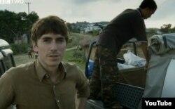 Simon Reeve, sin permiso, en Birmania.