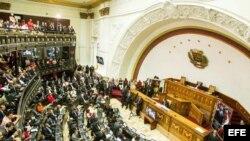 Chavista Diosdado Cabello, reelegido presidente del parlamento venezolano