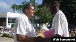 Graduación de médicos extranjeros en Cuba