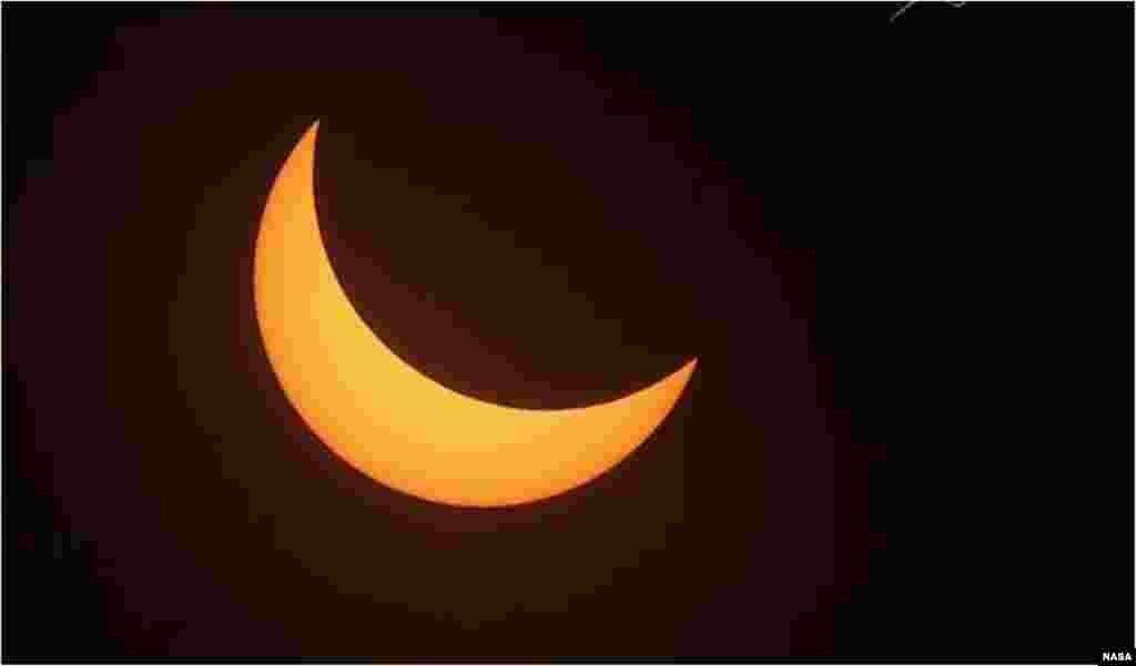 Una toma del eclipse total de Sol de este lunes. (NASA)