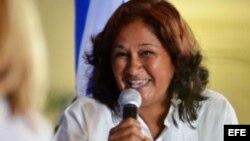 Permanece detenida activista de movimiento femenino Dignidad