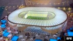 Una maqueta del estadio Qatar University, unos de los estadios que se propone para la Copa Mundial 2022, en Doha, Qatar.