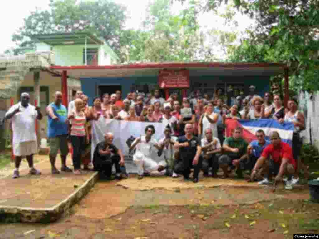 Reporta Cuba Reunion de Activistas Foto Diaz Silva
