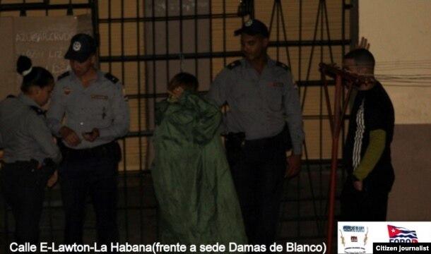 Vigilancia en Lawtion amanecer del 11 diciembre un día después de los DDHH