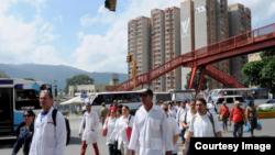 Brigada de cubanos en Venezuela.