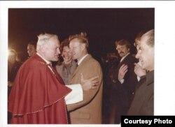 Brzezinski junto al Papa Juan Pablo II