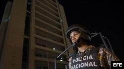 Policía Nacional dominicano.