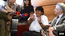 Evo Morales sin corbata