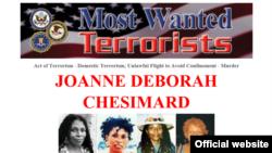 Página del FBI pidiendo información sobre Joanne Chesimard, una de los 10 terroristas más buscados.