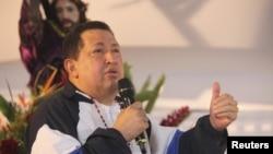 El presidente venezolano dice que todo marcha bien pero el Jueves Santo imploró por su vida.