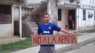 Opositor cubano cumple cuatro días en huelga de hambre en estación policial