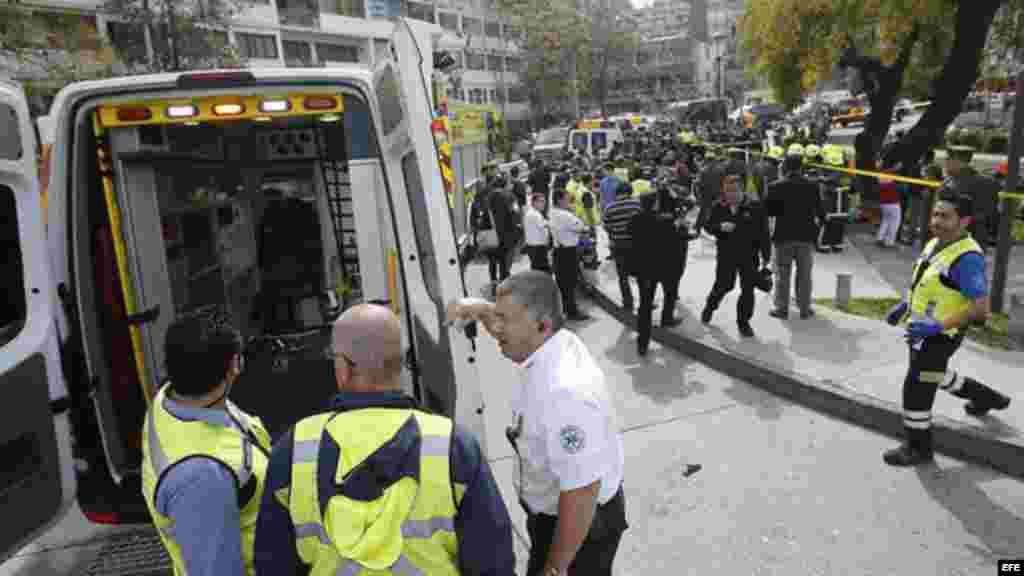 El Gobierno chileno confirmó hoy que la explosión ocurrida esta tarde en un local de comida rápida de un centro comercial de Santiago fue un atentado terrorista