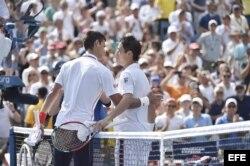 Djokovic felicita a Nishikori...