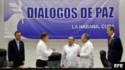 Gobierno y FARC firman los acuerdos para el fin del conflicto en Colombia