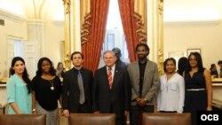 Encuentro con el senador demócrata por New Jersey, Robert Menéndez.