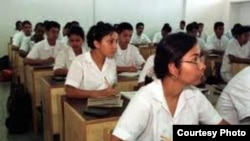 Más de 40.000 africanos han estudiado en Cuba, cuyo gobierno pasa la cuenta por dichos estudios a los países de origen.