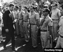 John F. Kennedy se reune con los brigadistas