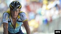 Fotografía de archivo del ciclista estadounidense Lance Armstrong en el Tour de Francia.